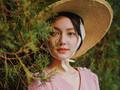 李诗颖《小镇故事》上演综艺首秀 携手李健开启文化之旅