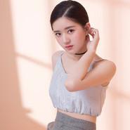 赵露思最新时尚大片 娇俏帅气表现力十足