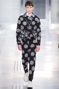 Louis Vuitton 2015秋冬系列男装时装秀