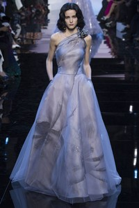 Giorgio Armani 2016春夏高定时装秀