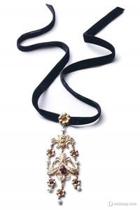 必备古典风情 Dolce & Gabbana点亮造型
