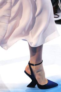 Christian Dior2013秋冬秀场上的高跟鞋艺术