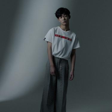 张宥浩杂志大片曝光 慵懒细腻英伦感十足