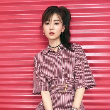 乔欣最新封面大片发布,粉嫩色调少女力MAX