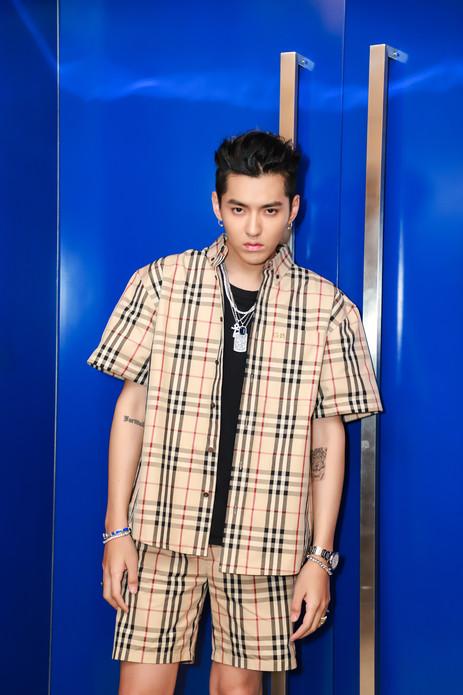 吴亦凡现身上海出席活动  将与菲董现场首唱两人合作新歌