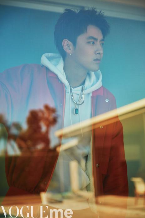 吴亦凡刷新个人纪录  新歌《Like That》美国双榜登顶近90小时