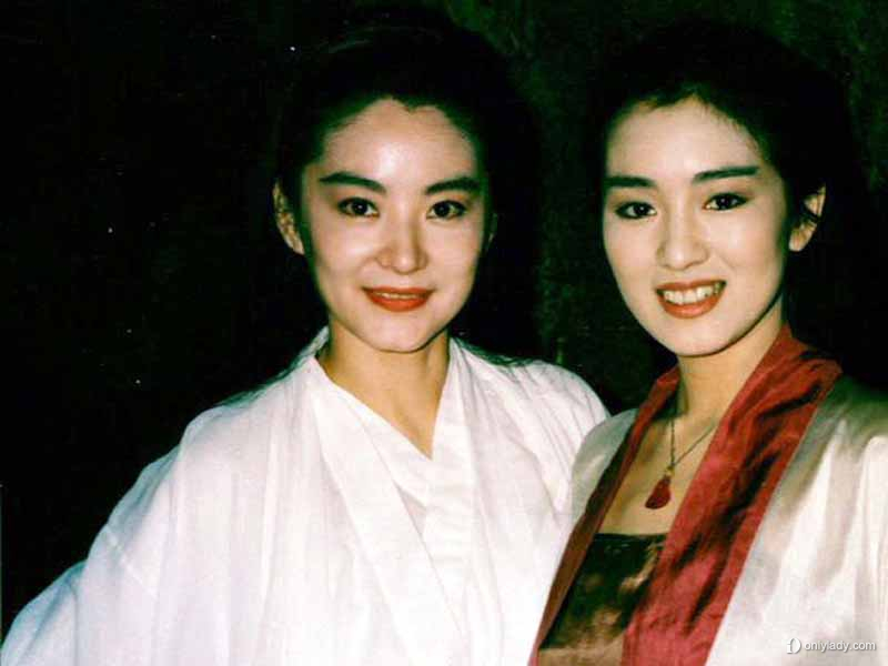 ...电影   女神   在这个范冰冰、杨幂唱主角的年代当王祖贤宣...